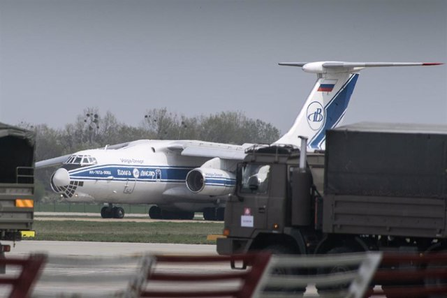 Plane with medical supplies from China lands in Bratislava