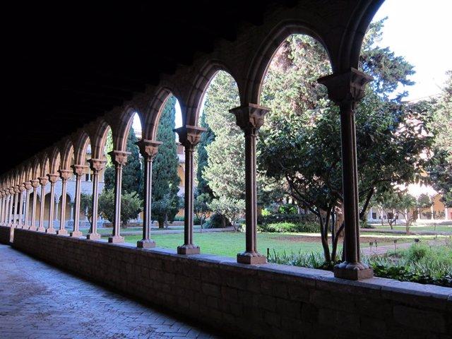 Archivo - Arxiu - Interior del Reial Monestir de Santa Maria de Pedralbes de Barcelona