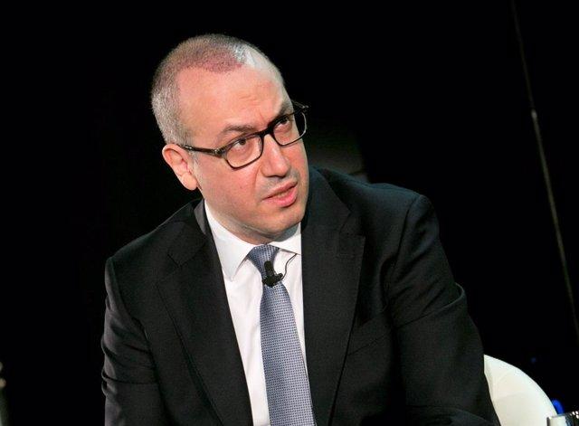 Archivo - El consejero delegado de BBVA, Onur Genç, en el XXVII Encuentro del Sector Financiero organizado por Deloitte, 'ABC' y Sociedad de Tasación el 18 de noviembre de 2020.