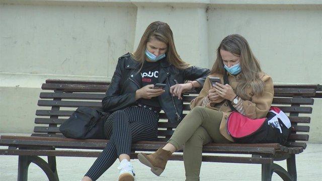 Nuevos hábitos de consumo digitales a través de los teléfonos móviles principalmente.