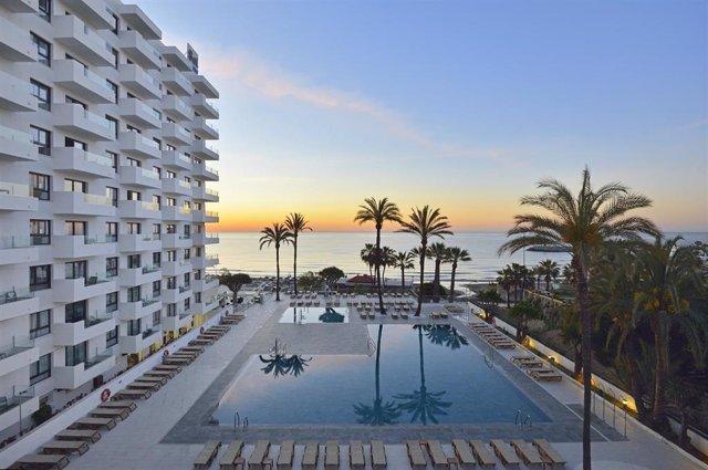 Archivo - Imagen de archivo de un hotel en Torremolinos (Málaga).