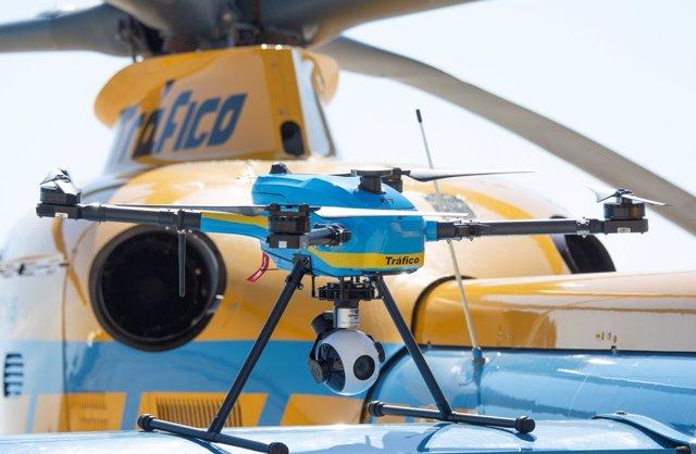 Archivo - Uno de los drones de la DGT que vigilará las carreteras este verano