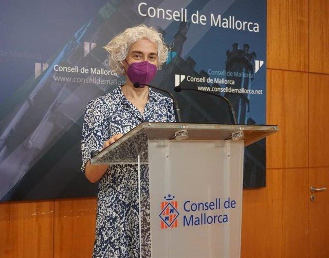 La portavoz de Unidas Podemos (UP) en el Consell de Mallorca y vicepresidenta del IMAS, Magdalena Gelabert