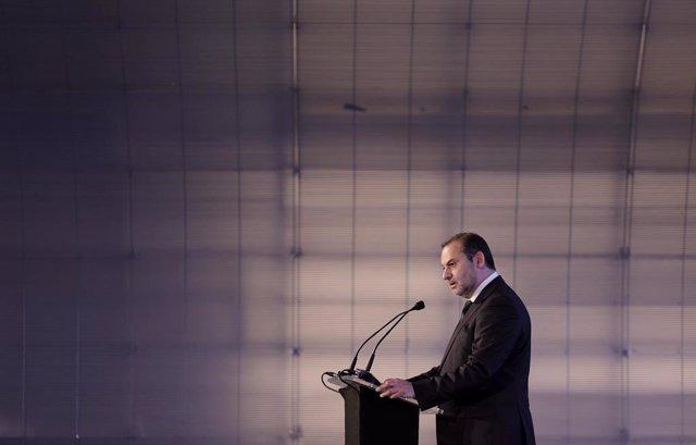 El ministro de Transportes, Movilidad y Agenda Urbana, José Luis Ábalos, interviene durante la inauguración de la jornada sobre 'Nueva Bauhaus Europea' en el Centro de Creación Contemporánea Matadero-Madrid, a 2 de julio de 2021, en Madrid, (España). Esta