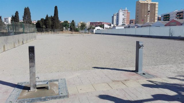 Archivo - Uno de los parques caninos de Málaga capital