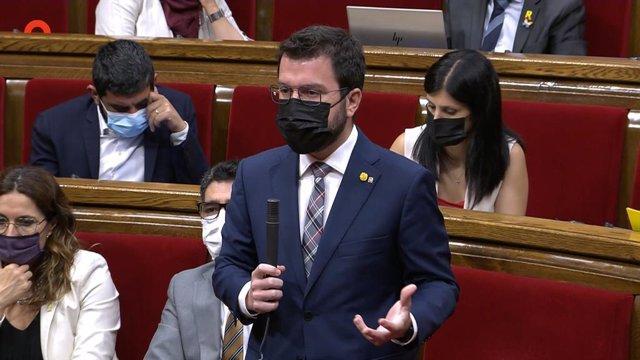 El president del Govern, Pere Aragonès, en el ple del Parlament