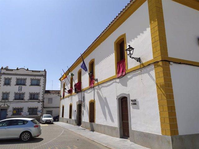 Fachada del Ayuntamiento de El Viso.