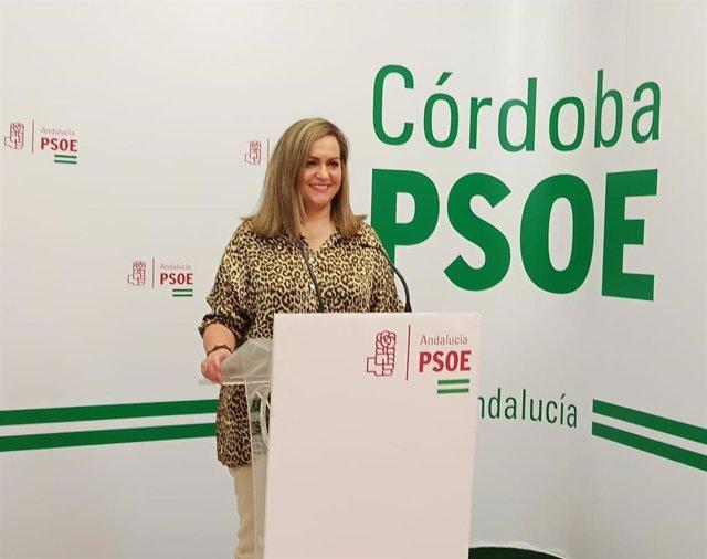 La senadora del PSOE por Córdoba María Jesús Serrano, en la sede de su partido.