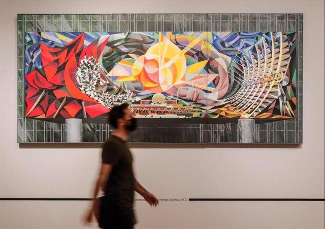 Exposición 'Los exilios de Renau' en el IVAM.