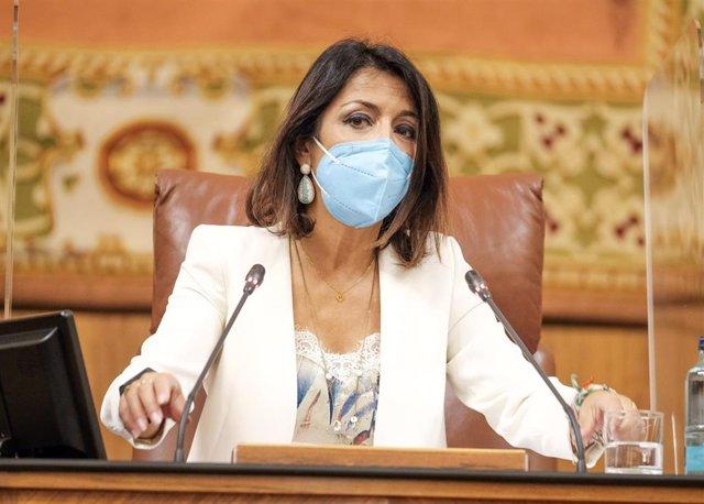 La presidenta del Parlamento de Andalucía, Marta Bosquet, en una foto de archivo.