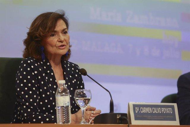 Carmen Calvo, vicepresidenta primera del Gobierno en el curso de verano de la UMA