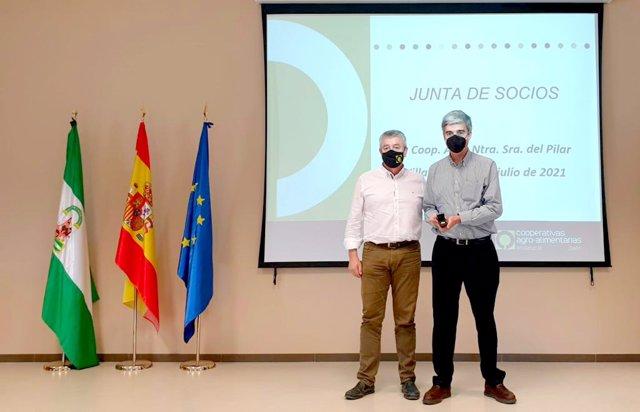 Entrega del reconocimiento a Ifapa en Jaén.