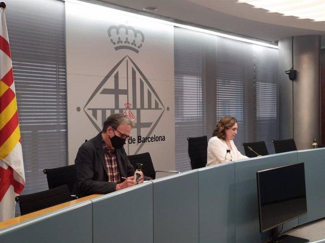 L'alcaldessa de Barcelona, Ada Colau, i el fins ara tinent d'alcalde de Cultura, Educació i Ciència de Barcelona, Joan Subirats