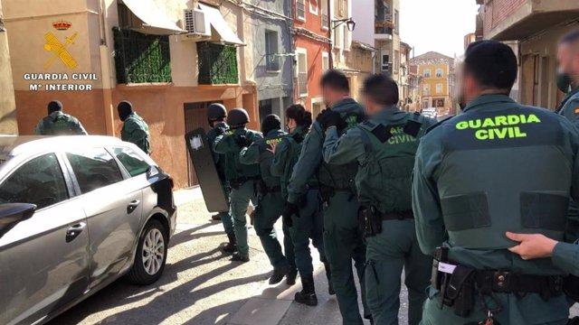 La Guardia Civil desmantela un punto de venta de droga en Calahorra y detiene a siete personas