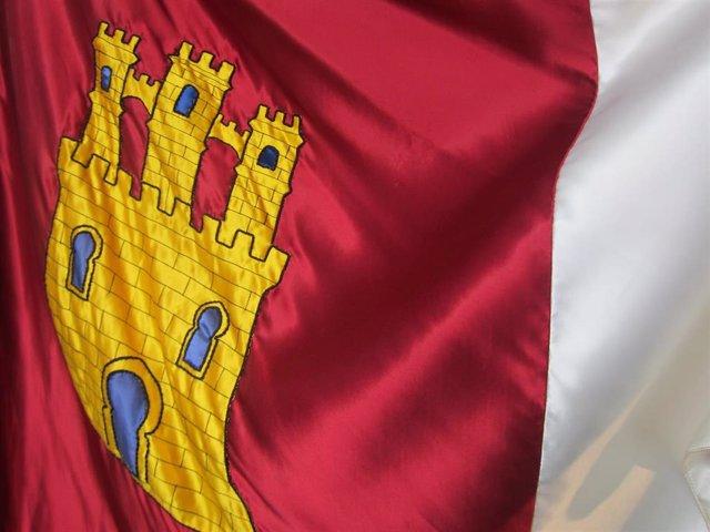 Archivo - Bandera, escudo Castilla-La Mancha