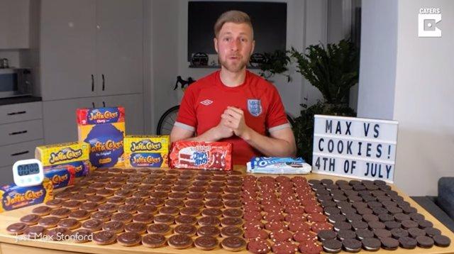 Este hombre acepta el desafío de comer 22.000 calorías en galletas