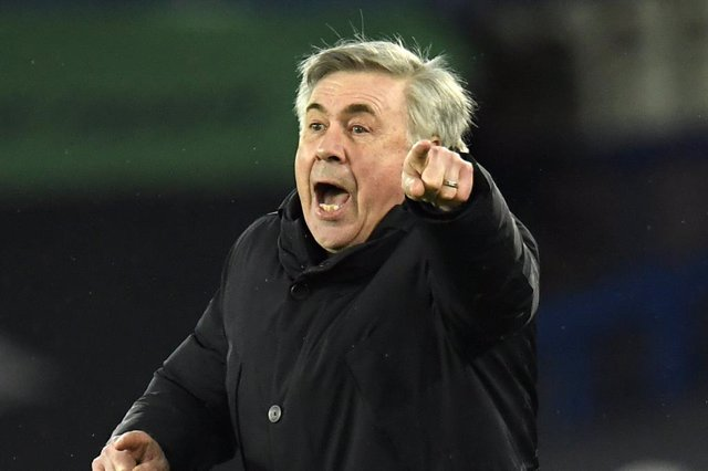 Archivo - 13 March 2021, United Kingdom, Liverpool: Everton manager Carlo Ancelotti reacts on the sidelines during the English Premier League soccer match between Everton and Burnley at Goodison Park. Photo: Peter Powell/PA Wire/dpa