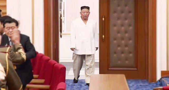 El líder norcoreano, Kim Jong Un, visiblemente más delgado