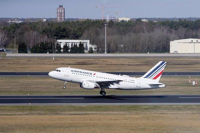 Archivo - Avión de Air France.