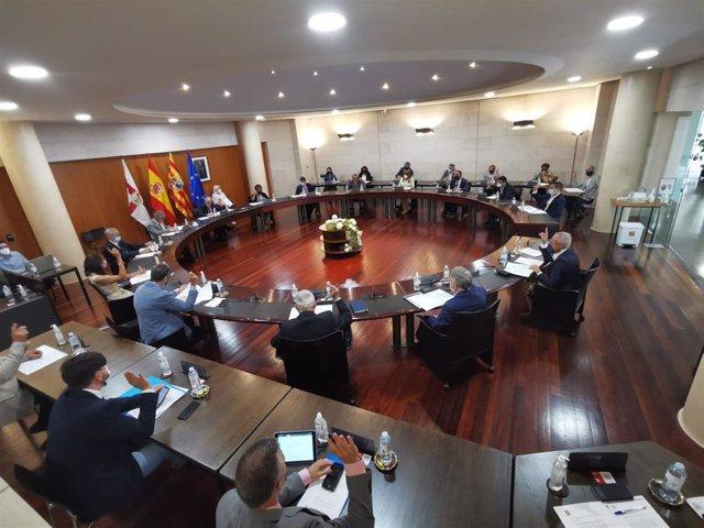 Cs consigue que la DPH solicite al Gobierno de España un aplazamiento para la devolución de los ayuntamientos a Hacienda.