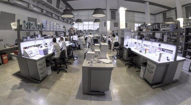 Archivo - Laboratorio de Igenomix.