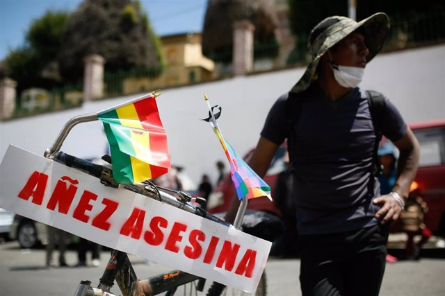 Archivo - Protestas contra Jeanine Áñez en La Paz, Bolivia, durante la crisis política de noviembre de 2019.