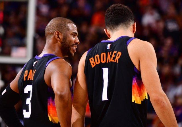 Chris Paul y Devin Booker (Phoenix Suns)
