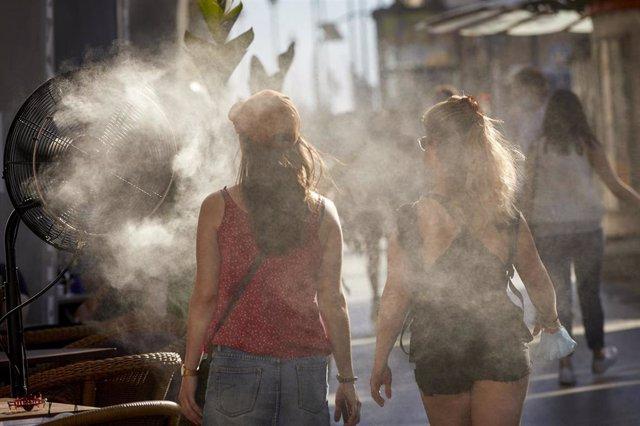 El Ayuntamiento despliega a los voluntarios de Protección Civil ante las altas temperaturas previstas en Zaragoza para este fin de semana.