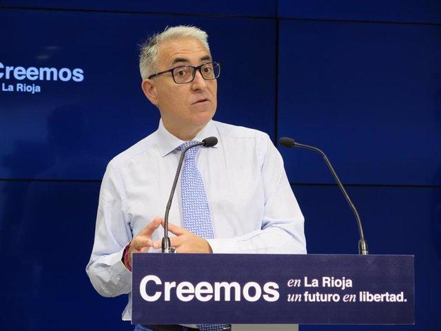 El diputado del Grupo Parlamentario Popular, Jesús Ángel Garrido, en comparecencia de prensa