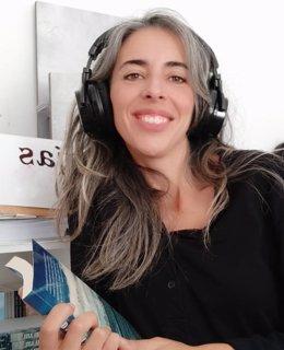 La directora de la Editorial Cuatro Hojas, Cristina Medrano, durante la celebración de los Cursos de Verano de la UPO en Carmona (Sevilla).
