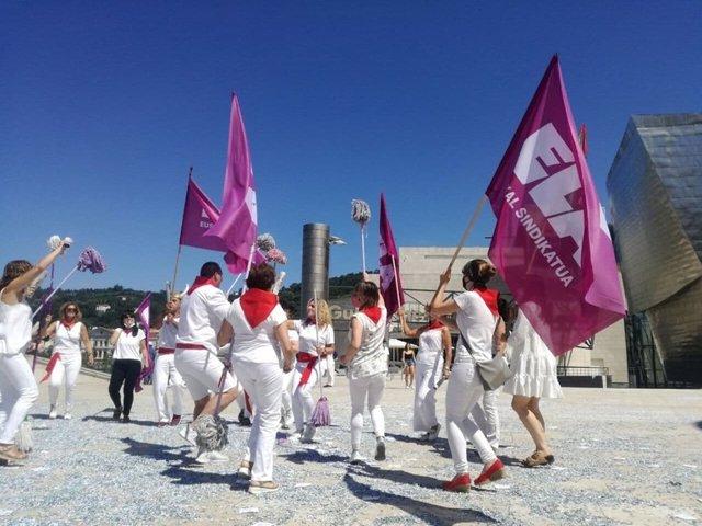 Trabajadoras de limpieza del Guggenheim en huelga