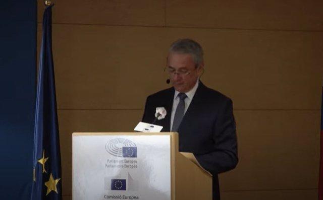 Archivo - El embajador de Eslovenia en España, Robert Krmelj, en un acto telemático de la Oficina del Parlamento Europeo en Barcelona