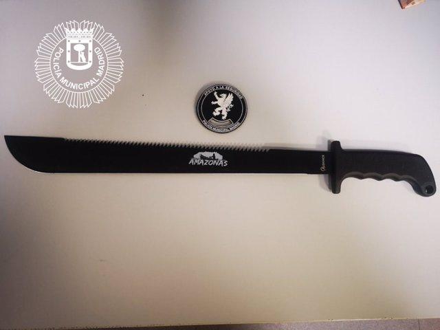Detenido un chico de 16 años con un machete de 60 centímetros en las fiestas del Orgullo de Madrid