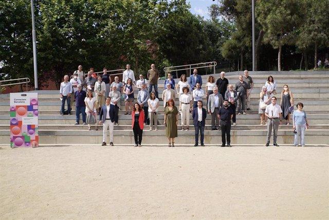 El distrito de Nou Barris ha acogido este viernes el encuentro de las 30 organizaciones que en colaboración con el Ayuntamiento de Barcelona han impulsado 'Connectem Barcelona: Projecte pilot d'inclusió digital als barris'