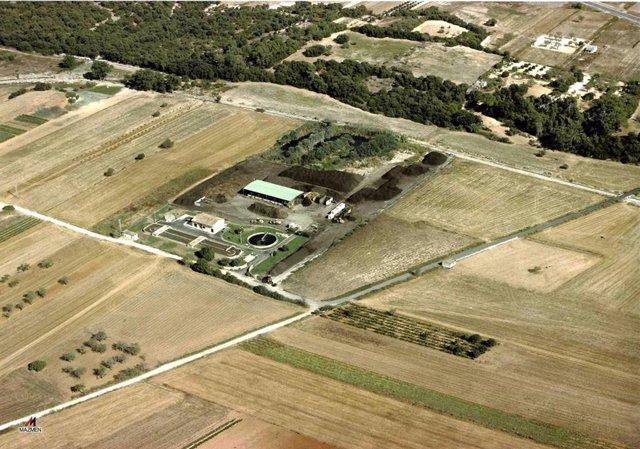 Imágenes aéreas de la depuradora de Ariany.