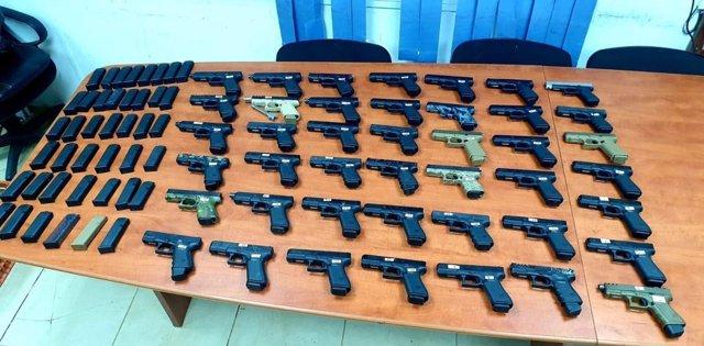 Armas incautadas en la frontera entre Líbano e Israel