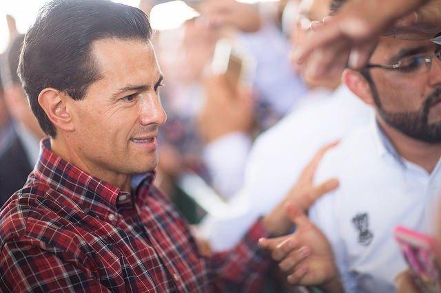 Archivo - El presidente de México Enrique Peña Nieto