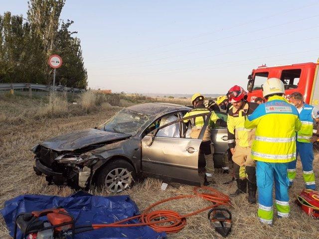 Un accidente en la carretera M-121 en la que un varón de 36 años ha resultado herido grave tras dar varias vueltas de campana.