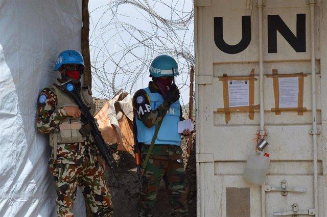 Archivo - Imagen de archivo de tropas de la ONU en Sudán.