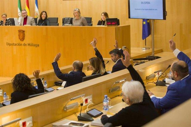 Archivo - Pleno ordinario de la Diputación de Málaga