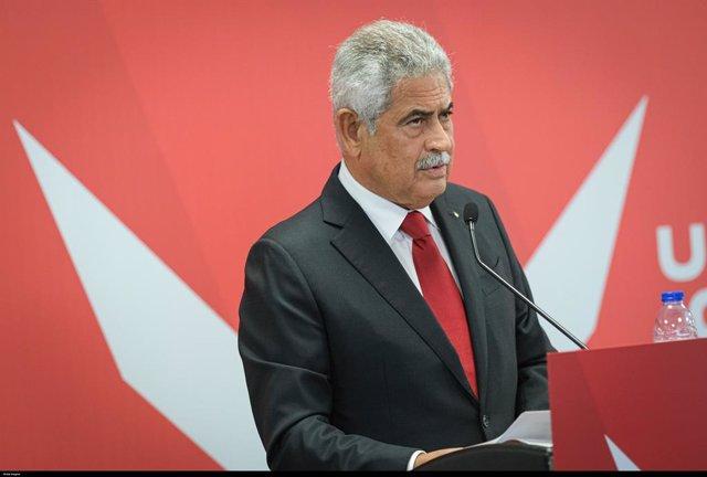 El president del Benfica, Luís Filipe Petxina de pelegrí.