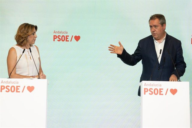 El candidato del PSOE-A a la presidencia de la Junta, Juan Espadas, y la secretaria general, Susana Díaz, ofrecen una rueda de prensa a 28 de junio 2021 en Sevilla (Andalucía)