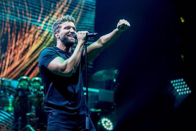 El cantante Pablo Alborán actúa en su primer concierto desde el inicio de la pandemia de Covid-19, a 6 de julio de 2021, en el Wizink Center, Madrid, (España). Pablo Alborán sube por primera vez a los escenarios desde el inicio de la pandemia de Covid-19