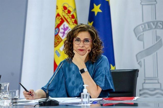 La ministra Portavoz, María Jesús Montero, comparece tras la reunión del Consejo de Ministros en Moncloa, a 29 de junio de 2021, en Madrid (España). El Gobierno ha aprobado hoy en Consejo de Ministros el anteproyecto de ley para la igualdad real y efectiv