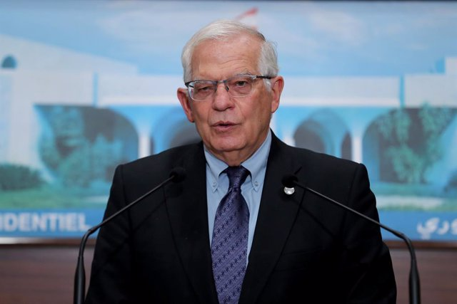 HANDOUT - 19 June 2021, Lebanon, Baabda: Josep Borrell, High Representative of the European Union for Foreign Affairs and Security Policy, speaks during a press conference after his meeting with Lebanese President Michel Aoun at the Baabda Presidential Pa