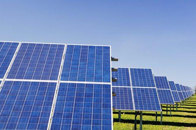 Archivo - Energía fotovoltaica