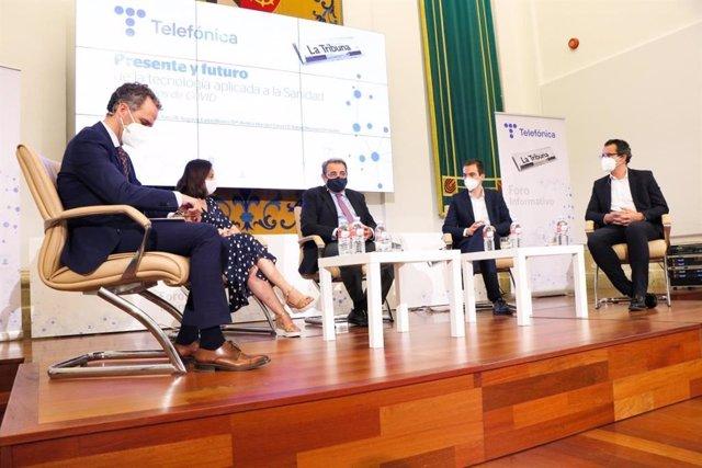 El consejero de Sanidad, Jesús Fernández Sanz, durante un foro informativo organizado por La Tribuna de Ciudad Real y Telefónica