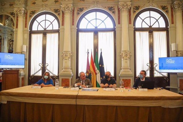 Presentación del Plan Málaga Litoral por parte del alcalde, Francisco de la Torre