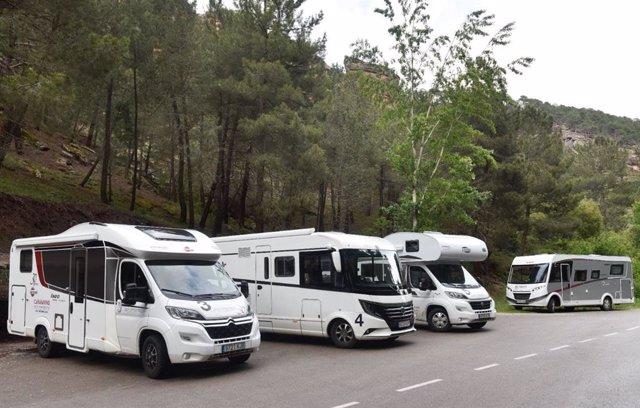 Archivo - Las reservas de turismo de caravanas crecieron un 6,83% este verano, según Indie Campers
