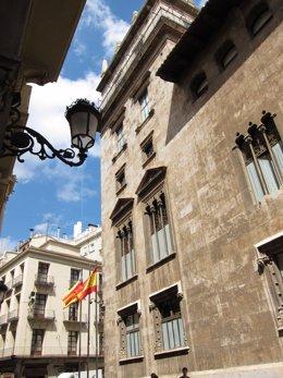 Archivo - Arxiu - Façana lateral del Palau de la Generalitat Valenciana